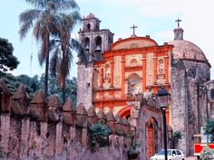 Cuernavaca, Mexico, Cuernavaca is known as the city of eternal spring. And yes it is a city full of flores and lovely places, restaurants and hotels.