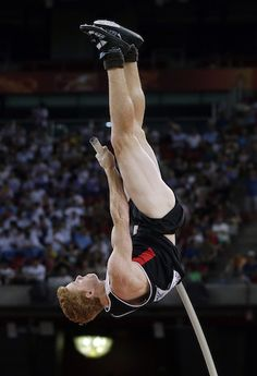 Canada's Shawn Barber wins gold in pole vault at world track and field championships. Awesome achievement, and he's only 21 ~ he can only get better ~ congratulations