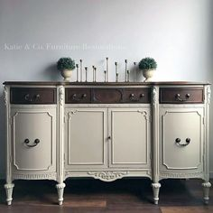 Linen Buffet, the staging is so simple, but it draws your eyes directly to the gorgeous buffet!