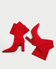 TALL ELASTIC BOOTS-SHOES AND BAGS-WOMAN-SALE   ZARA United Kingdom