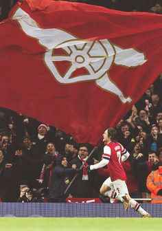 No flag is too big. Arsenal fans cheer on Tomas Rosicky. Arsenal Fc, Arsenal Players, Arsenal Football, Football Love, Football Is Life, Football Team, Games Football, Arsenal Wallpapers, Soccer
