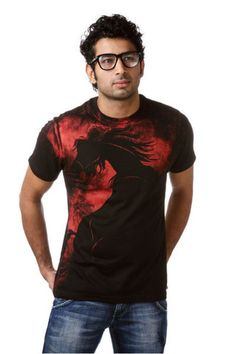 Buy wide range of Designer T-shirts at Iwearme.in, the best online Clothing Shopping Site in India. Browse through latest graphic designer t-shirts made with eco friendly and 100% organic cotton