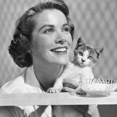 Grace Kelly and cat