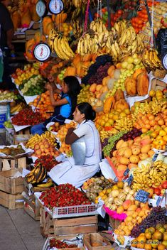 the smell of the produce, the banter with the mamasitas. Downtown Arequipa - El Mercado Central Peru.