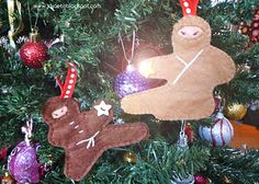 Your children will love these great Gingerbread Ninja Ornaments. These ornaments are a fun and easy Christmas craft for you to try during the cold winter season. Easy Christmas Crafts, Handmade Christmas Gifts, Diy Christmas Ornaments, Christmas Decorations To Make, Christmas Makes, Simple Christmas, All Things Christmas, Christmas Holidays, Christmas Ideas