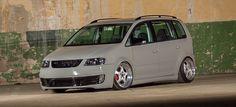 VW Touran komplett auf GTI getrimmt: Family and Vans
