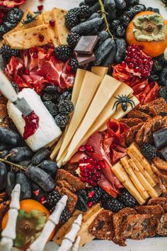 Halloween Themed Food, Halloween Party Appetizers, Halloween Dinner, Halloween Food For Party, Halloween Treats, Charcuterie Recipes, Charcuterie Board, Brie, Dinner Themes