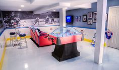 """I've been trolling the net for the best photos of Hockey Man caves! I feel… I've got the top 5 of all time… These are all """"Next Level"""" in Hockey Man caves! Hockey Man Cave, Hockey Room, Hockey Decor, Ice Hockey, Man Cave Basement, Man Cave Garage, Best Man Caves, Diy Zimmer, Woman Cave"""
