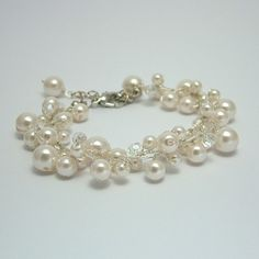 I usually hate pearls, however there are freshwater pearls on my belt and hair piece..