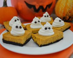 Pumpkin Spice Cheesecake Bites | My Buttercup Bubble -- look super yummy - dont ha e to make with oreo/choclate bottom can make with graham cracker one!