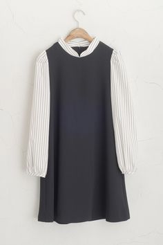 (http://www.oliveclothing.com/p-oliveunique-p-20141201-052-black-shirt-layered-dress-black)