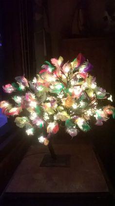 Pääsiäispuu valot kotona