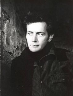 Picture of Martin Sheen Mr Martin, Martin Sheen, Sheen Family, Face Age, Face Wrinkles, Beautiful Soul, Famous Faces, American Actors, Pretty Face