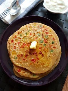 Capsicum cheese paratha is a famous North Indian Paratha Recipe, which is becoming popular not only in India but also around the world. This paratha will be definitely loved by your kiddos. Recipe Steps, Recipe Link, Breakfast Ideas, Breakfast Recipes, Vegetarian Platter, Paratha Recipes, Indian Food Recipes, Ethnic Recipes, Biryani Recipe