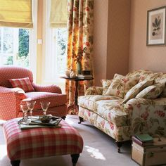 Country Curtain Styles Living Best Patterns For Kitchen Curtains. The Different Types Of Curtains Accessories Interior Design. Home Design Ideas Country Cottage Interiors, Living Room Decor Country, Cottage Living Rooms, Living Room Sofa, Living Room Furniture, Cottage Style, Cottage Bedrooms, Country Sofas, English Country Decor