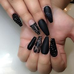 Owner Creative Nails Studio  8104 southwest fwy suit D Houston Texas  M-F 10-7pm Sat 10-5pm Appts only  For Tina Text 201-564-8479  Walk-ins welcome