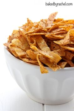 375 minutes: Crunchy homemade seasoned and baked tortilla strips recipe from A perfect topping for salads, soup and more! Homemade Chips, Homemade Tortillas, Recipes Using Flour Tortillas, Homemade Spices, Homemade Seasonings, Mexican Food Recipes, Snack Recipes, Cooking Recipes, Cooking Ribs