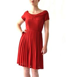 Maren Dress – Red | Turn heads the ol' fashioned way with this gorgeous, vintage-i... | Dresses