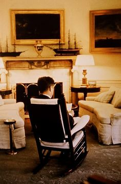 JFK, Oval Office, 1961