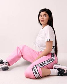 New quaity of life Kylie Jenner Body, Kylie Jenner Fotos, Trajes Kylie Jenner, Looks Kylie Jenner, Kyle Jenner, Kylie Jenner Outfits, Kendall And Kylie Jenner, Estilo Kylie Jenner, Kardashian Jenner