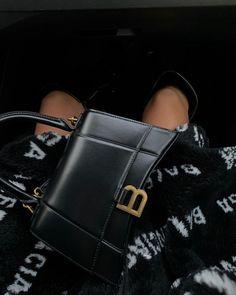 Balmain Bag, Balenciaga Bag, Look Fashion, Fashion Bags, Fashion Spring, Fashion Fashion, Luxury Fashion, Luxury Girl, Ootd