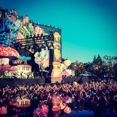 Rebecca & Fiona  #Beyond_wonderland San Francisco 2013 #edm #rave #djs #plur