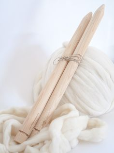 The secret of knitting blankets without using insanely long needles.
