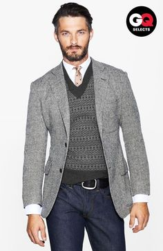 Free shipping and returns on Todd Snyder Herringbone Sportcoat at Nordstrom.com. A classic herringbone-woven pattern accentuates a trim-fitting, two-button notch-lapel blazer impeccably crafted in America from pure wool.