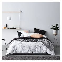 Annie Selke Marble Duvet Cover ❤ liked on Polyvore featuring home, bed & bath, bedding, duvet covers and marble bedding