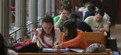 Excluidos de las becas de excelencia los universitarios que no cursen el primer año / PIlar Álvarez + @el_pais_madrid | #universidadencrisis