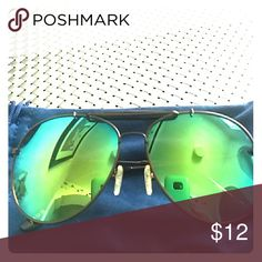 IZOD Mirror sunglasses Mirror lenses unisex runs a little wide IZOD Other