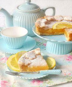 Crostata morbida al limone con frolla all'olio e crema di limone all'acqua senza uova