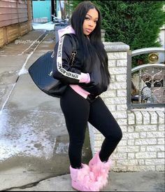 Fashion Trends for Women to Look Out For This Winter and Holiday Season – The Archway – Fashion Outfits Dope Outfits, Fashion Outfits, Womens Fashion, Fall Winter Outfits, Autumn Winter Fashion, Snap Girls, Winter Fits, Black Girls Hairstyles, Comfortable Outfits