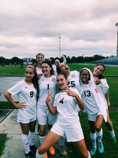 Todays Sports Info – Up to date sports stories Girls Soccer Team, Sports Football, Soccer Games, Soccer Couples, Cute Soccer Pictures, Sports Pictures, Soccer Pics, Senior Pictures, Soccer Tumblr