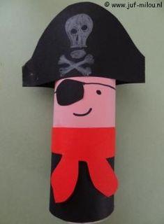 Dit knutselwerkje is maar 1 van de vele die we hebben in het thema piraten, bezoek Juf Milou voor nog meer knutselwerkjes. Homemade Pirate Costumes, Pirate Crafts, Whitewater Kayaking, Canoe Trip, Pirate Birthday, Paper Crafts For Kids, Cute Crafts, Toddler Crafts, Decoration