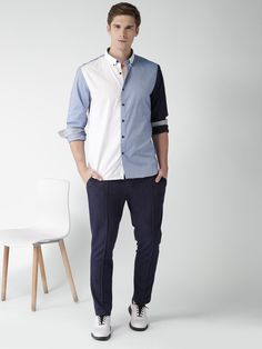 INVICTUS #Men #Blue & #White #SlimFit #Colourblock #Casual #Shirt