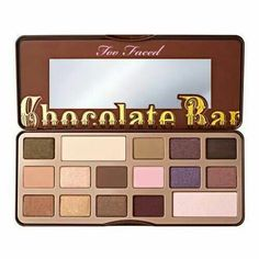 I want eyeshadow that smells like chocolate!!!!