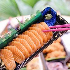 Salmon sashimi time!!! Now thats a good take away box pic taken by @jktfoodbang See how to make sashimi on http://ift.tt/1NvgAR4 Make Sushi http://ift.tt/2kb7K0f