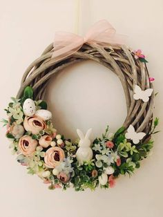 Easter Flower Arrangements, Easter Flowers, Hoppy Easter, Valentine Wreath, Easter Wreaths, Easter Crafts, Floral Wreath, Factors, Interior