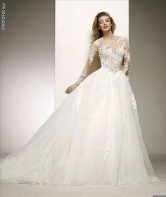 Pronovias 2018 wedding dress, available at Esposa Stores in Lebanon, Dbayeh and verdun and Abu Dhabi