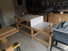 Table Saw Work Station With Homemade T Square Fence Part 2 Rokkwood Workwork Tablenew Yankee
