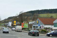 Werben an der Bundesstraße im hessischen Spangenberg  In der Liebenbachstadt Spangenberg bringen wir Sie an der Melsunger Straße, der Bundesstraße 487 (B487), GROSS raus.  Plakat wirkt.  http://www.Plakatwerbung.info/index.php/aktuelles/119-werben-sie-an-der-bundesstrasse-im-hessischen-Spangenberg  #Plakat #Aussenwerbung #Werbung