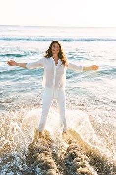 """Amanda Chantal Bacon, Owner of Moon JuiceDenim MO: White all overThe L.A. jean scene:""""California allows you to dress like you're always going to a day-to-night beach party — there's no real distinction between dressing up and dressing down. I wear white denim all year round here, but when I wear white jeans in New York, especially in the winter in the snow, I always get a comment.""""My grab-and-go pair:""""I've been wearing white jeans for over 10 years. And, even though I work in kitchens, I…"""