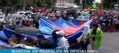 Este jueves miles de personas se dieron cita en el parque El Arbolito para apoyar al presidente de la República, Rafael Correa, y al oficialismo, en una marcha que se encaminó hasta el Palacio de Carondelet en el centro de Quito.