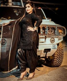 Punjabi Girls, Punjabi Dress, Actress Bikini Images, Arabian Beauty Women, Long Indian Hair, Patiala Suit Designs, Salwar Suits Party Wear, Pakistani Dress Design, Beautiful Girl Indian