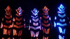 Mirror Pixel LED costumes with ultrabright programmable LED bulbs, wireless control, SYNC mode. Body shields and mask of the LED costume are covered with transparent acrylic mirror surface. Club Lighting, Stage Lighting, Neon Lighting, Led Costume, Costumes, Led Light Suit, Pixel Led, Nightclub Design, Iphone Background Images