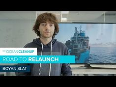 A floating boom designed by a Dutch inventor to hoover up floating plastic in the Pacific Ocean is now working, after a host of setbacks, and photos of its catch include discarded nets and a car wheel. Boyan Slat, Great Pacific Garbage Patch, Ocean Cleanup, Plastic Pollution, Clean Up, Science And Technology, Pacific Ocean, Dutch, Car