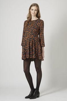 Pin for Later: Spring Back Into Warm-Weather Fashion With These Cute Maternity Dresses Topshop Maternity Animal-Print Swing Dress