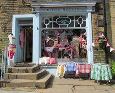 Rosie Bobbin's vintage styled shop,ukhttp://pinterest.com/ccrdbamom/shabby-chick/#