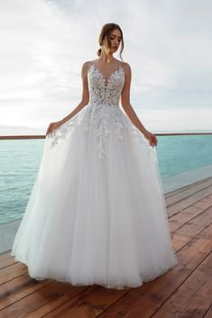Best Wedding Dress Mexican Wedding Dress Bridal Boutiques Near Me Wedding Live Olive Green Bridesmaid Dresses - fall wedding dresses Wedding Dress Pictures, Cute Wedding Dress, Wedding Dresses Photos, Wedding Dress Trends, Dream Wedding Dresses, Bridal Dresses, Wedding Gowns, Wedding Dress Styles, Wedding Ideas